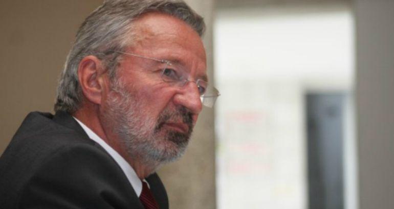 Germán Velásquez, exdirector del Programa Mundial de Medicamentos de la OMS