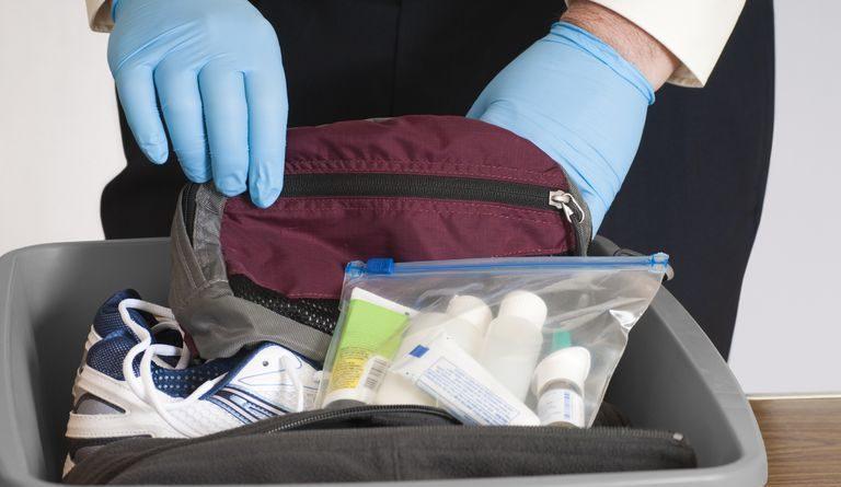 Cómo llevar medicamentos en el equipaje de mano